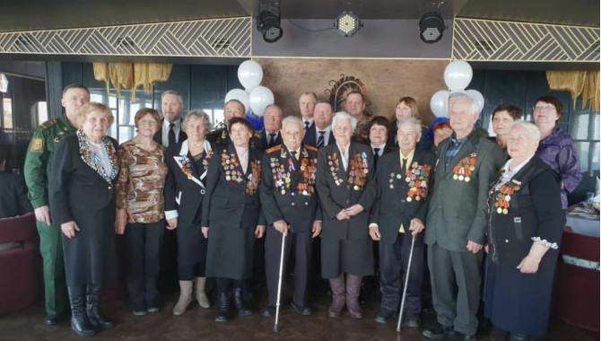 Бесплатные обеды и ужины для ветеранов Великой Отечественной войны 8 и 9 мая